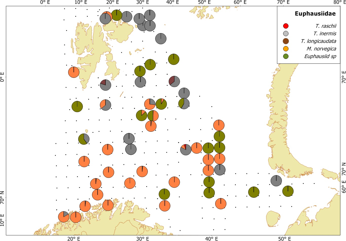 Figure 3.3.11. Krill species distributions based on trawl stations both day and night, covering the upper water layers (0-60 m) of the Barents Sea in August-October 2017. The proportions are based on wet-weights.
